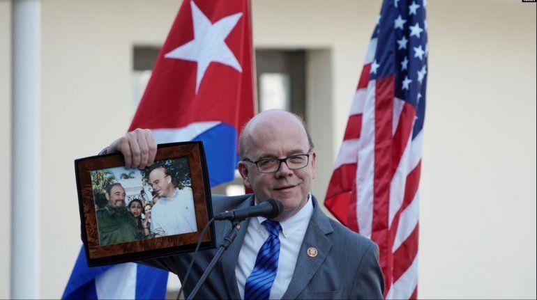 Congresista McGovern pide a Biden que restablezca las relaciones con Cuba