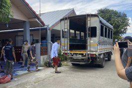 piden a tailandia no repatriar a tres periodistas a myanmar