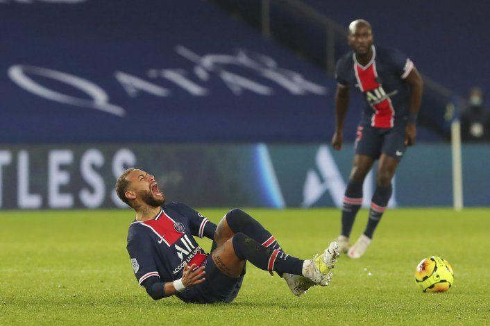 Recuperado de lesión, Neymar vuelve a entrenar con PSG