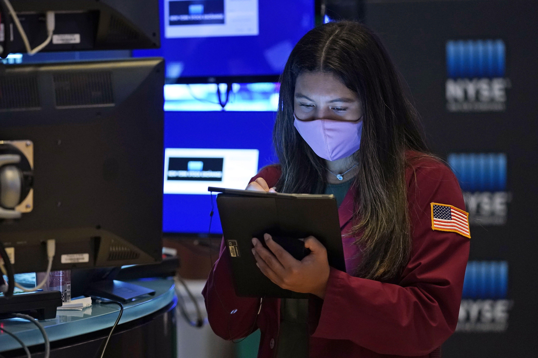 Wall Street abre ligeramente mixta