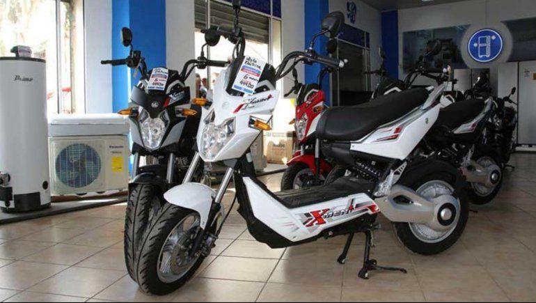 Casi 1.000 dólares: eso cuestan las motos eléctricas vietnamitas que vende el Gobierno