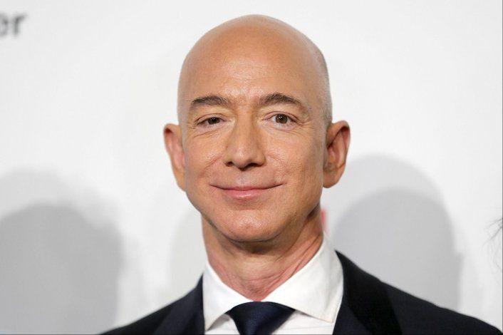 El misterioso superyate de Jeff Bezos de 500 millones de dólares