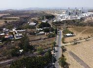 mexico presenta plan para cerrar plantas electricas privadas