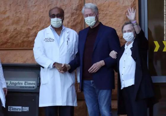 Dan de alta al expresidente Bill Clinton luego de pasar cinco días en un hospital de California debido a una infección