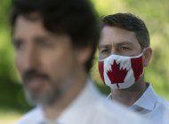 canada: parlamentario aparece desnudo en sesion virtual
