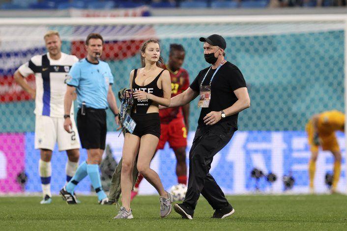 Bélgica se pone a tono, vence 2-0 a Finlandia y es perfecta