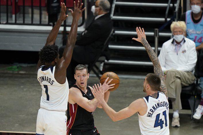 Heat recupera 6to puesto del Este; vence a Wolves