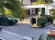 operativo policial  en exclusivo condominio en el doral termino con un arrestado