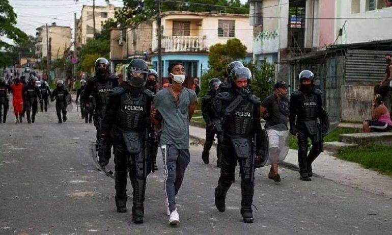 Cuba: hay muertos y cientos de manifestantes desaparecidos