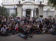 gobierno cubano rompe el dialogo con un grupo de artistas