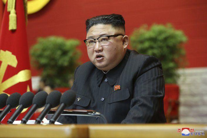 Kim abre congreso norcoreano admitiendo fallos políticos