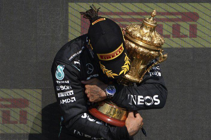 F1, FUA y Mercedes condenan racismo contra Hamilton