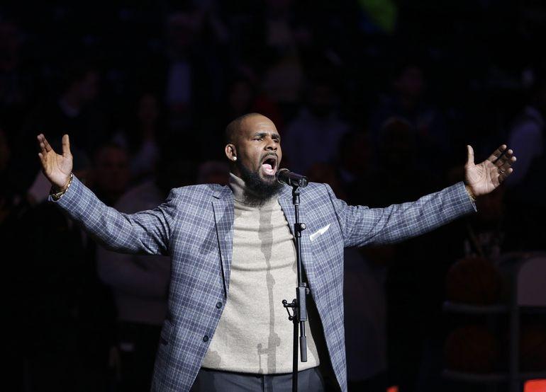R. Kelly es declarado culpable de tráfico sexual