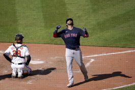 martinez pega 3 jonrones en triunfo de boston sobre orioles
