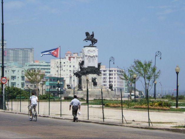 La Cuba del Recuerdo / El Parque Maceo en La Habana antes del 1959