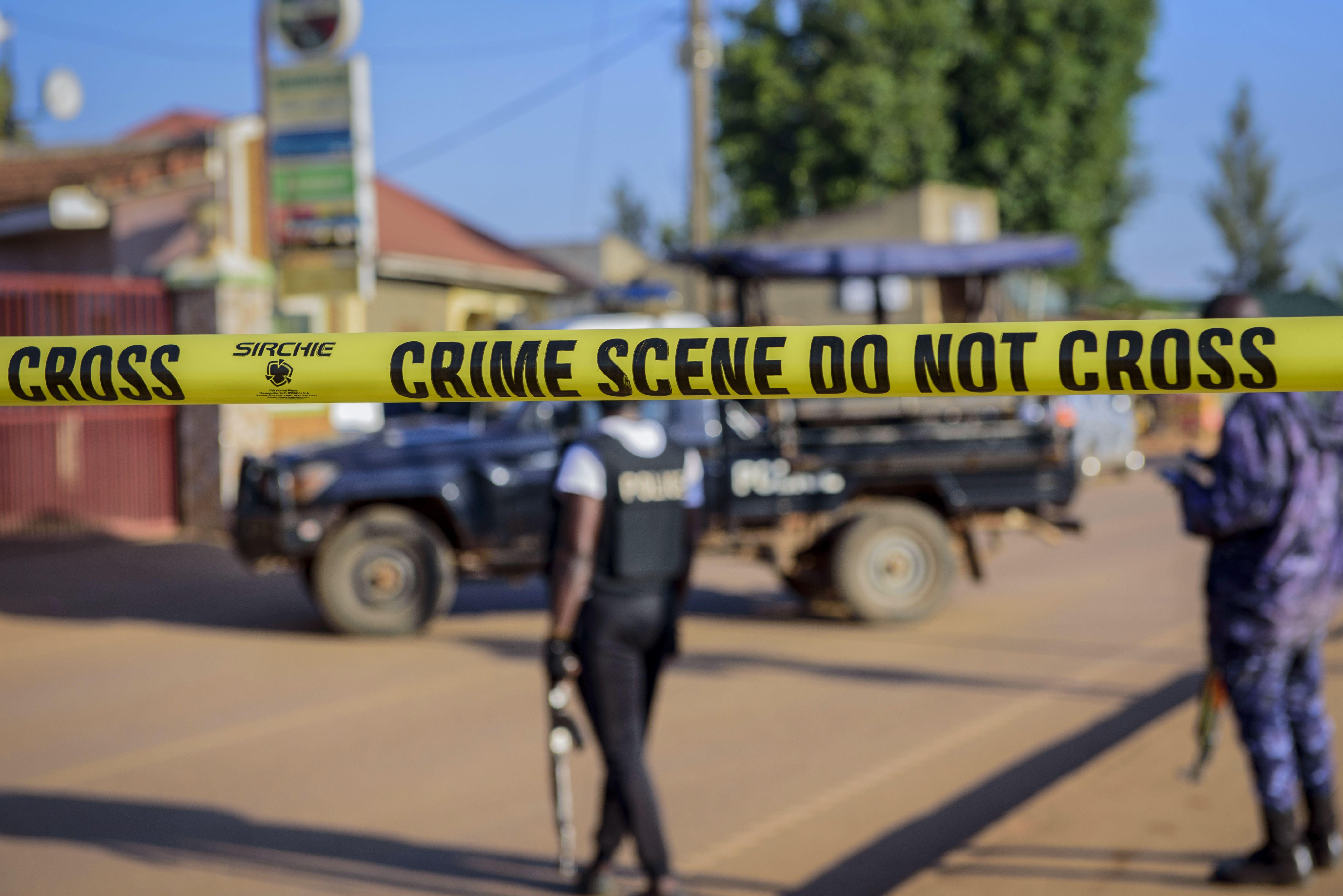 presidente de uganda: explosion fue un probable atentado