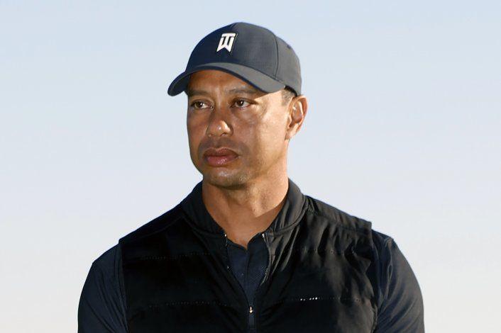 Tiger Woods hospitalizado tras accidente vial en California