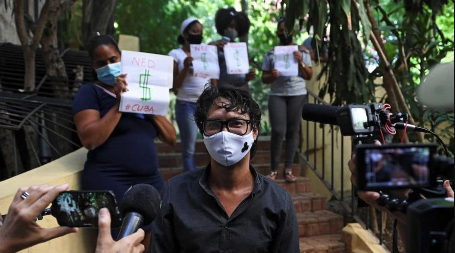 regimen asedia y arresta a promotores de la marcha del 15 de noviembre en cuba