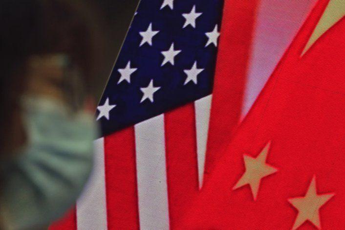 China niega que hizo pruebas anales a diplomáticos de EEUU