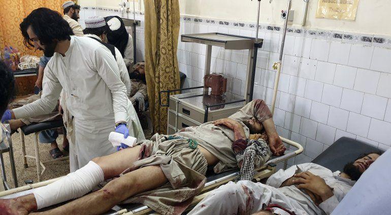Muere fotógrafo de Reuters en enfrentamiento en Afganistán