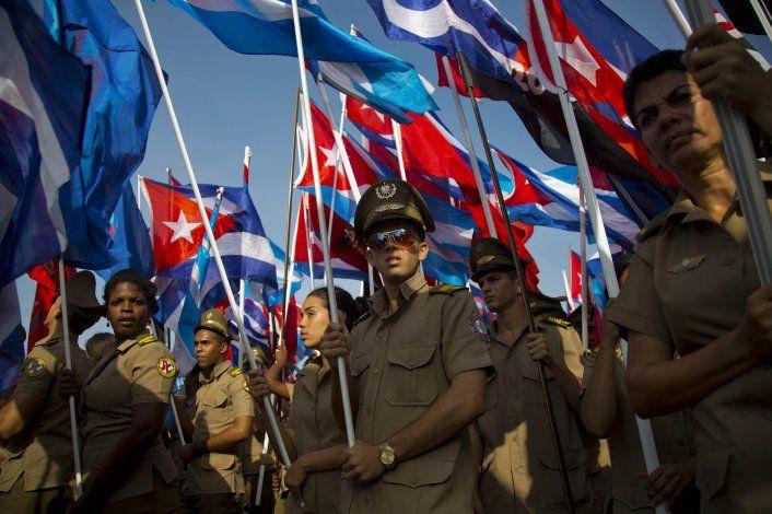 Ex oficiales de las FAR y el Minint envían carta a militares cubanos