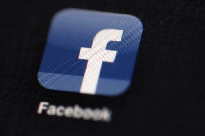 Facebook autoriza de nuevo anuncios políticos
