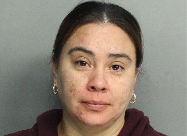 Tras la reja una mexicana de Miami por prenderle fuego a la camioneta de un ex novio