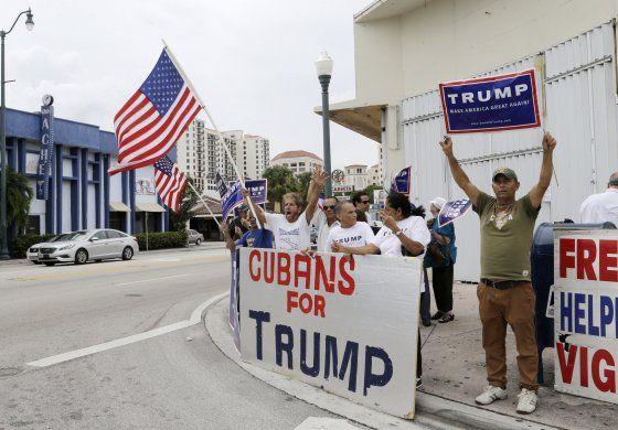 Exiliados piden a Administración Biden no repetir errores con Cuba y Venezuela