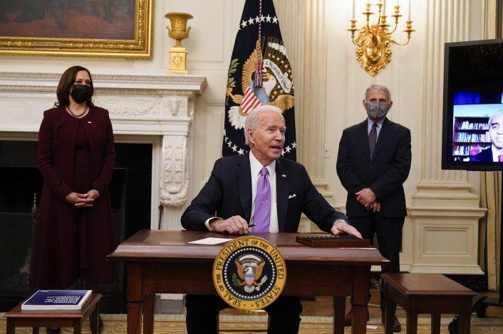 Congreso prepara un plan con cheques de hasta $3,600 a familias con hijos dentro del paquete de estímulo de Biden