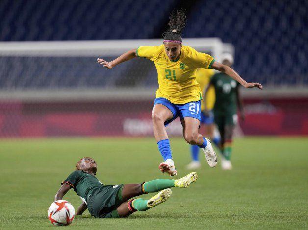 EEUU y Brasil avanzan a cuartos en torneo olímpico femenino