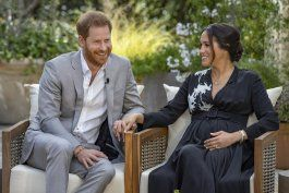 entrevista de meghan y enrique remece a la realeza britanica