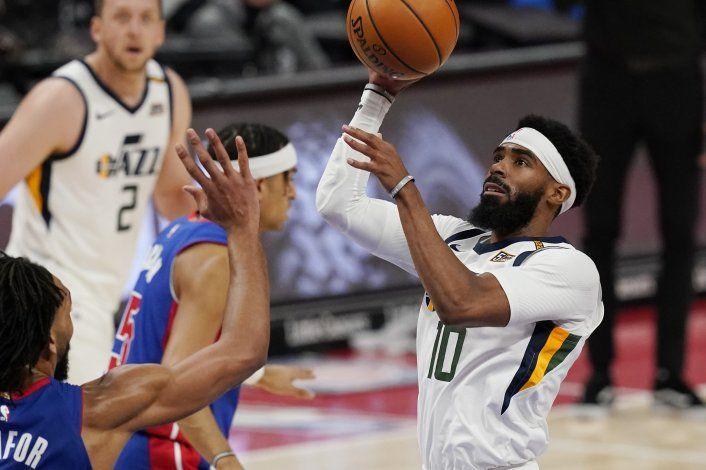 Pistons se rezagan desde el inicio y caen 96-86 ante Jazz