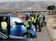 detienen a 800 personas en espana por falsos permisos de conducir venezolanos
