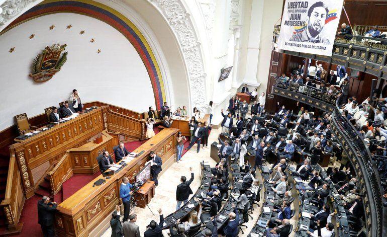 Twitter suspende la cuenta de la nueva Asamblea Nacional de Venezuela