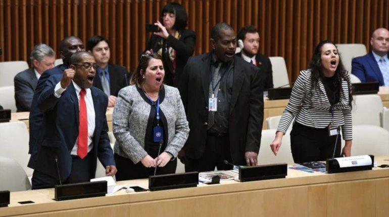 EEUU expulsa a dos miembros de la misión cubana en la ONU