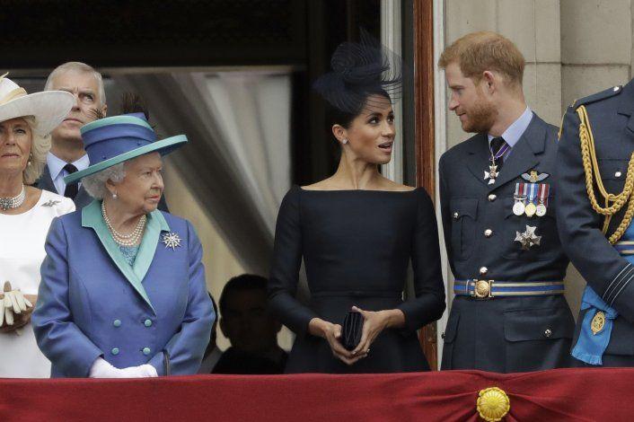 Gran Bretaña espera la versión de Enrique y Meghan