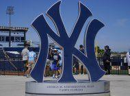 grandes ligas inicia pretemporada con publico en tribunas