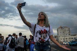reportan bloqueo intermitente de todas las redes sociales en cuba