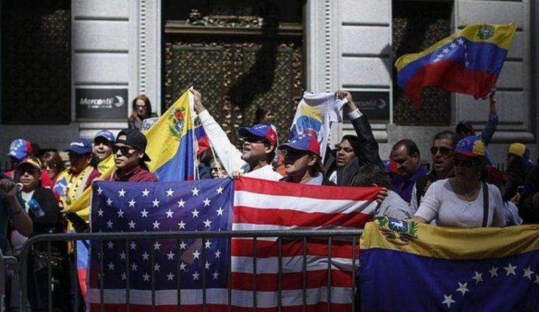 En unas semanas podría aprobarse un Estatus de Protección Temporal para los venezolanos