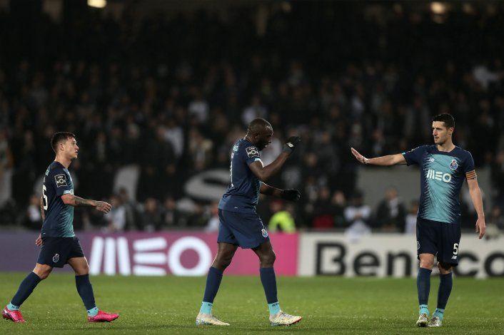 Repudian en Portugal insultos racistas a jugador del Porto