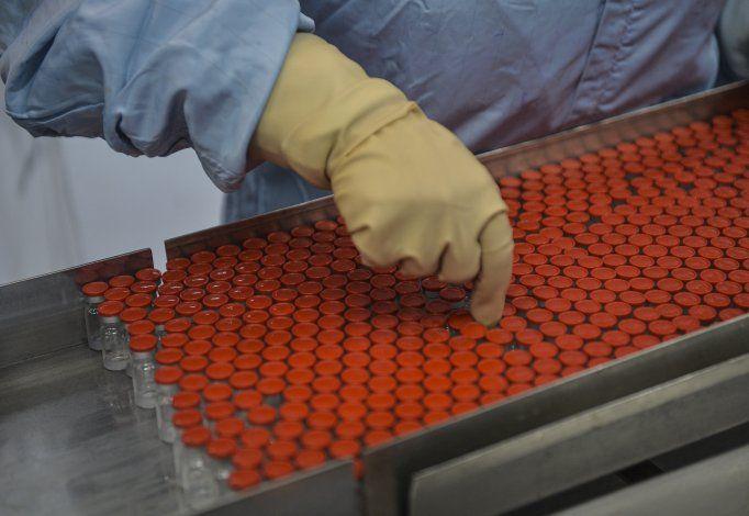 Cuba producirá 100 millones de dosis de vacuna para COVID-19