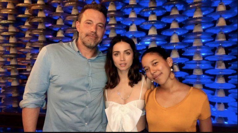 Ana de Armas y Ben Affleck: comida, risas y fotos con fans en La Habana
