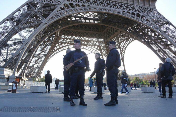Cuatro detenidos vinculados a la decapitación en Francia