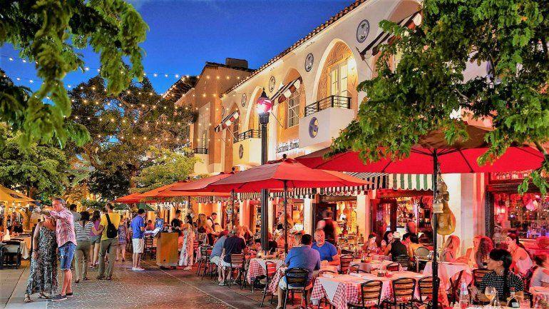 Restaurantes de Miami podrían perder espacios al aire libre en las próximas semanas