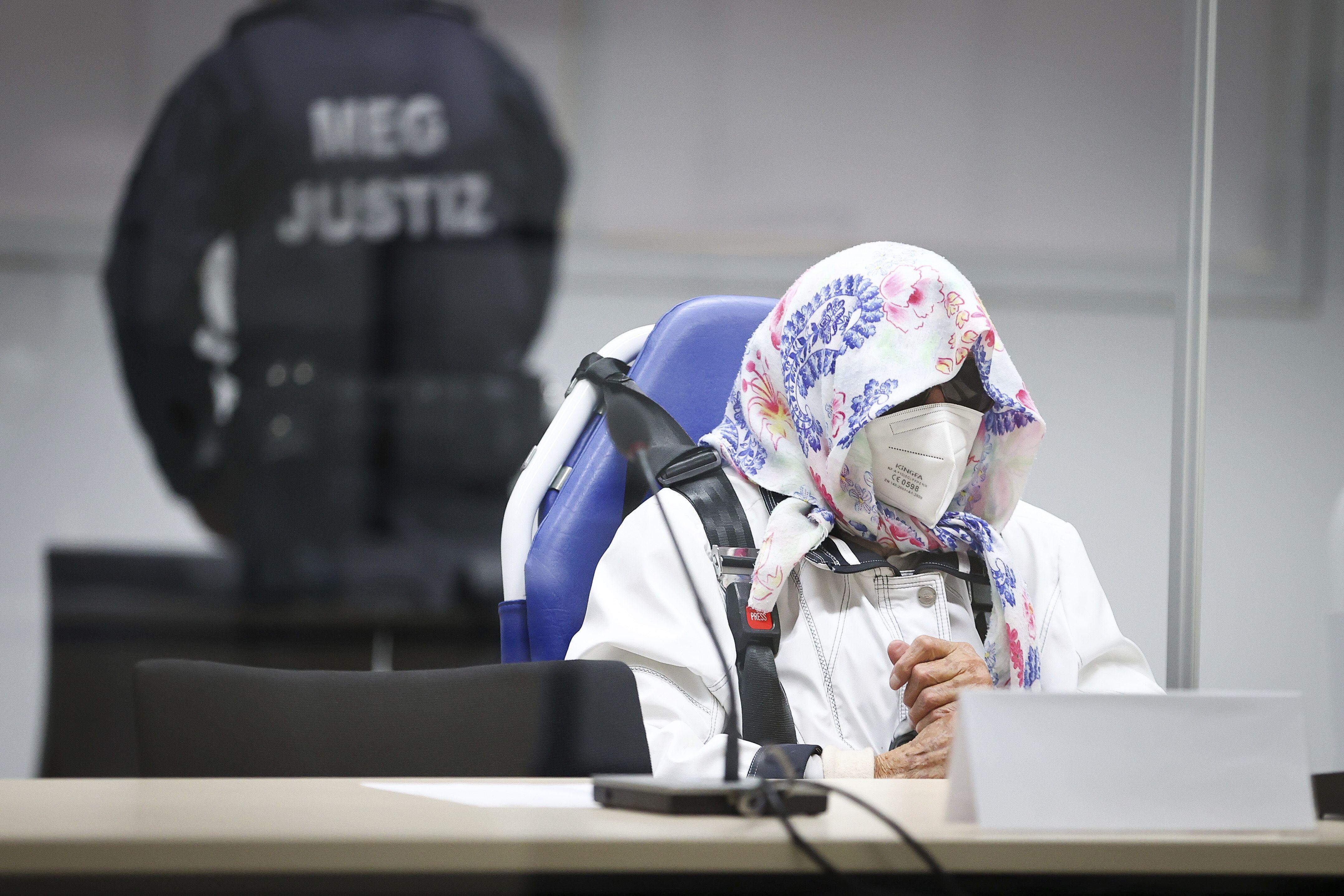 juzgan a exsecretaria de campo de concentracion nazi