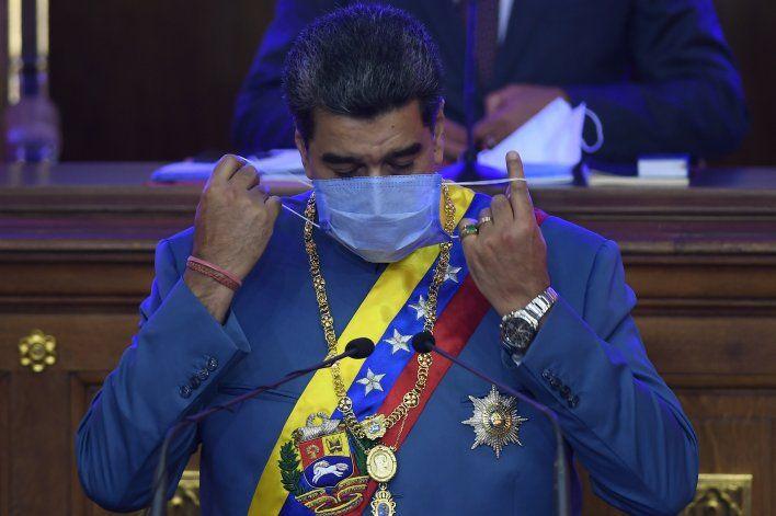 Maduro pide a congresistas abrir canales de diálogo con EEUU