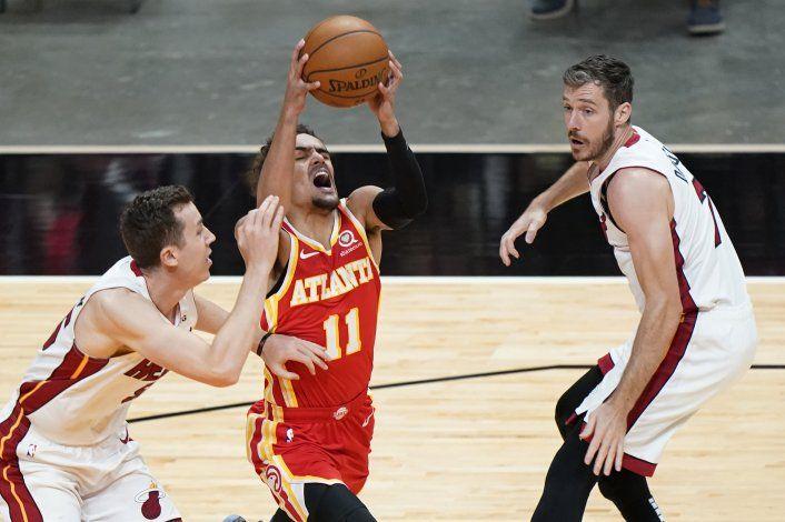 Hawks vencen a Heat en debut del entrenador McMillan