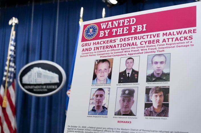 EEUU acusa a seis militares rusos de hackeo