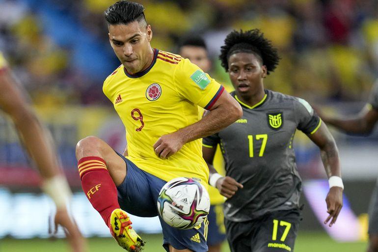 A puro VAR, Colombia y Ecuador empatan 0-0