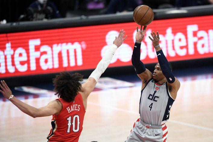 Westbrook anota 10 en la prórroga; Wizards vencen a Pelicans